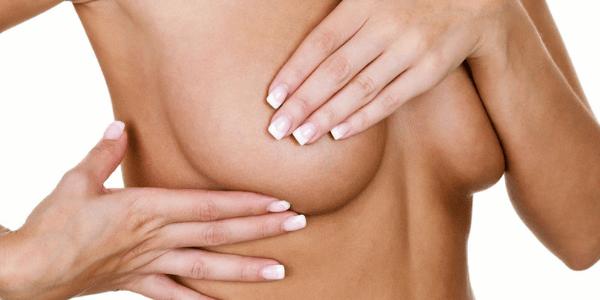 augmentation-mammaire-prothese-miniature-